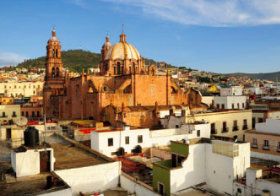 画像:1月 サカテカス歴史地区(メキシコ) 魅惑の世界遺産 2018年カレンダー