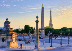 画像:2月 パリのセーヌ河岸(フランス) 魅惑の世界遺産 2018年カレンダー