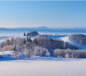 画像:12月 霧氷の丘(北海道) 日本の春秋 2018年カレンダー