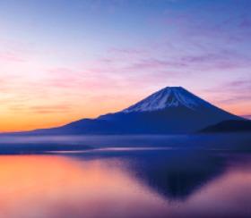画像:1-2月 本栖湖より富士山(山梨) 彩 2018年カレンダー