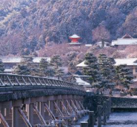 画像:京都 渡月橋 日本の旅想(フィルムカレンダー) 2019年カレンダー
