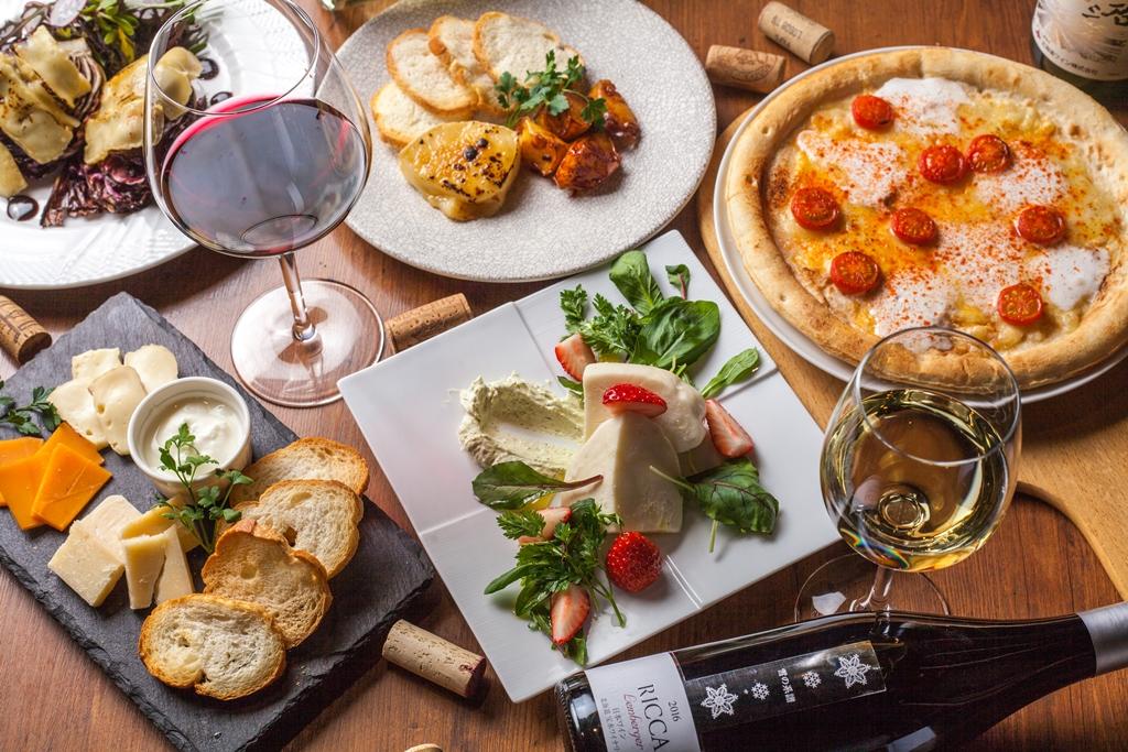 【ワイン樽個室も人気】銀座のワインバー「WINEHALL GLAMOUR」で「十勝チーズフェア」開催!