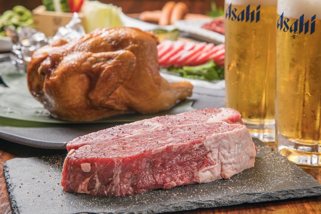 ヒヤヒヤ氷結サイドメニューもアツい夏の宴会コース「#肉シェア ガーデンテラスバーベキュープラン」登場!