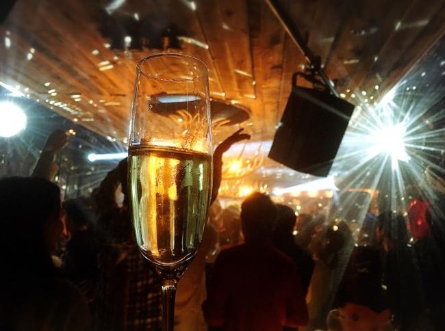 平成最後の年越しを2,000人で乾杯!2018 →2019カウントダウンイベントを広島市内 SUPER SUPPERCLUB、EIGHT Supperclub 2店舗で同時開催!