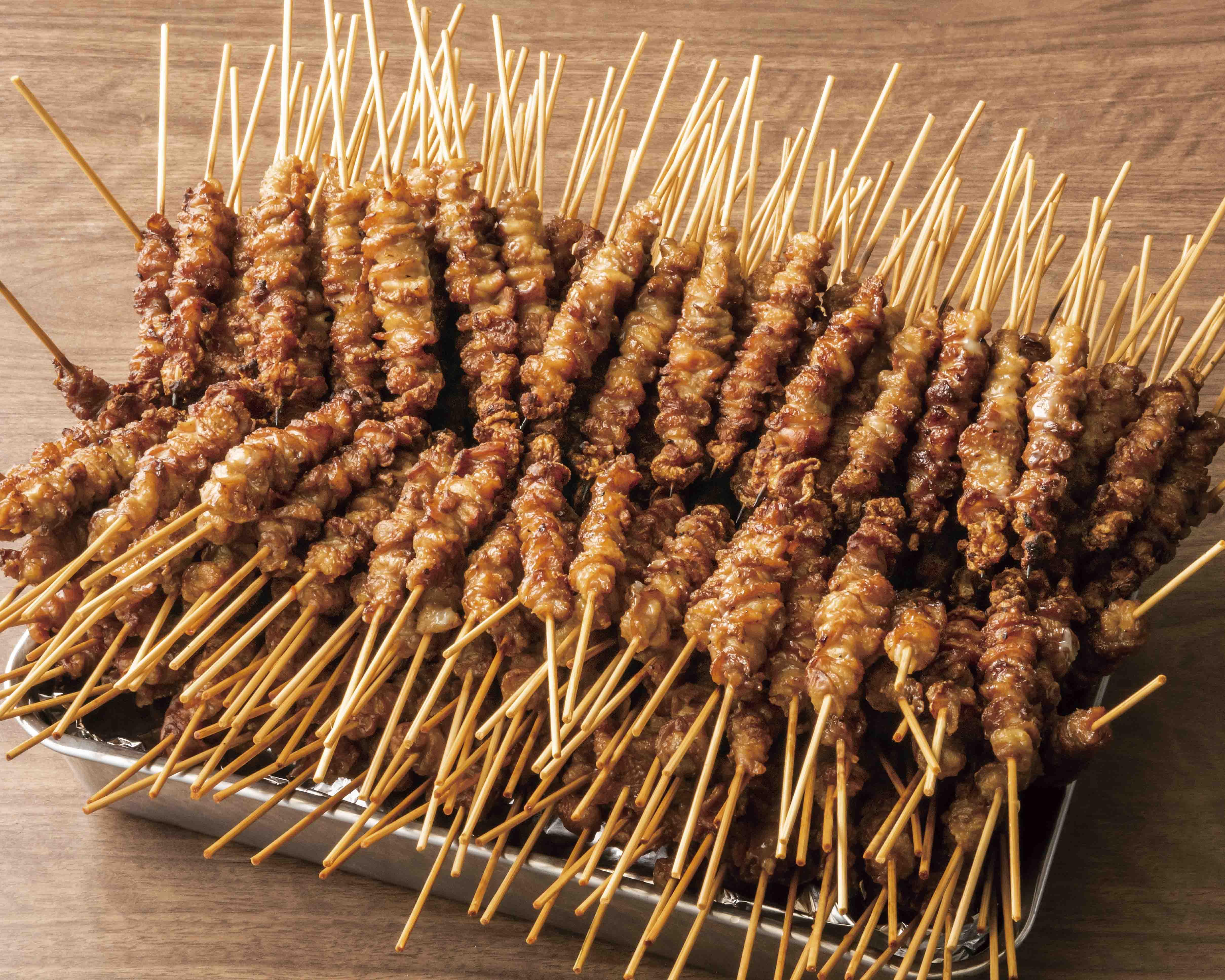 九州出身者は必ず知ってる?!お一人様10本は当たり前!博多のソウルフード『博多の皮串』ご提供開始。