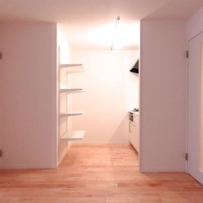 造作の棚作りました!