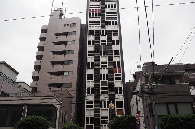 ta/101イプセ新宿若松町の内観