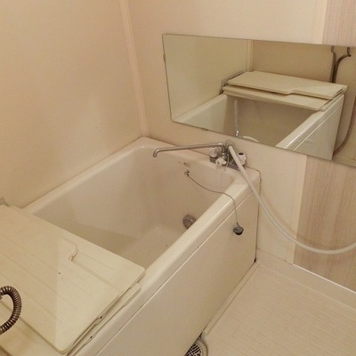 お風呂は既存利用ですが綺麗です