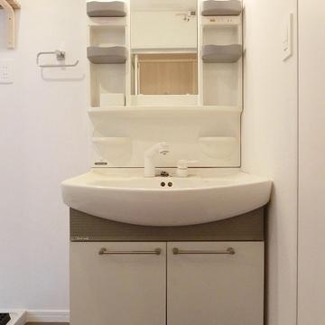 洗面台もこちらを綺麗にクリーニング致します!