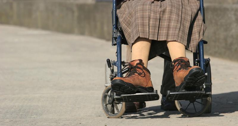 病気 者 の むくみ 足 高齢