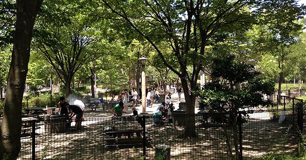 鶴見緑地バーベキュー場・キャンプ場