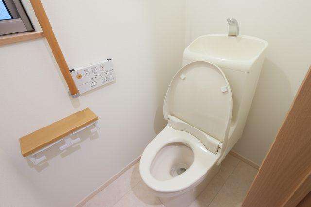 温水式トイレ