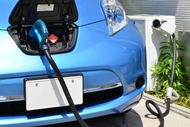 EV電気自動車の日産リーフ
