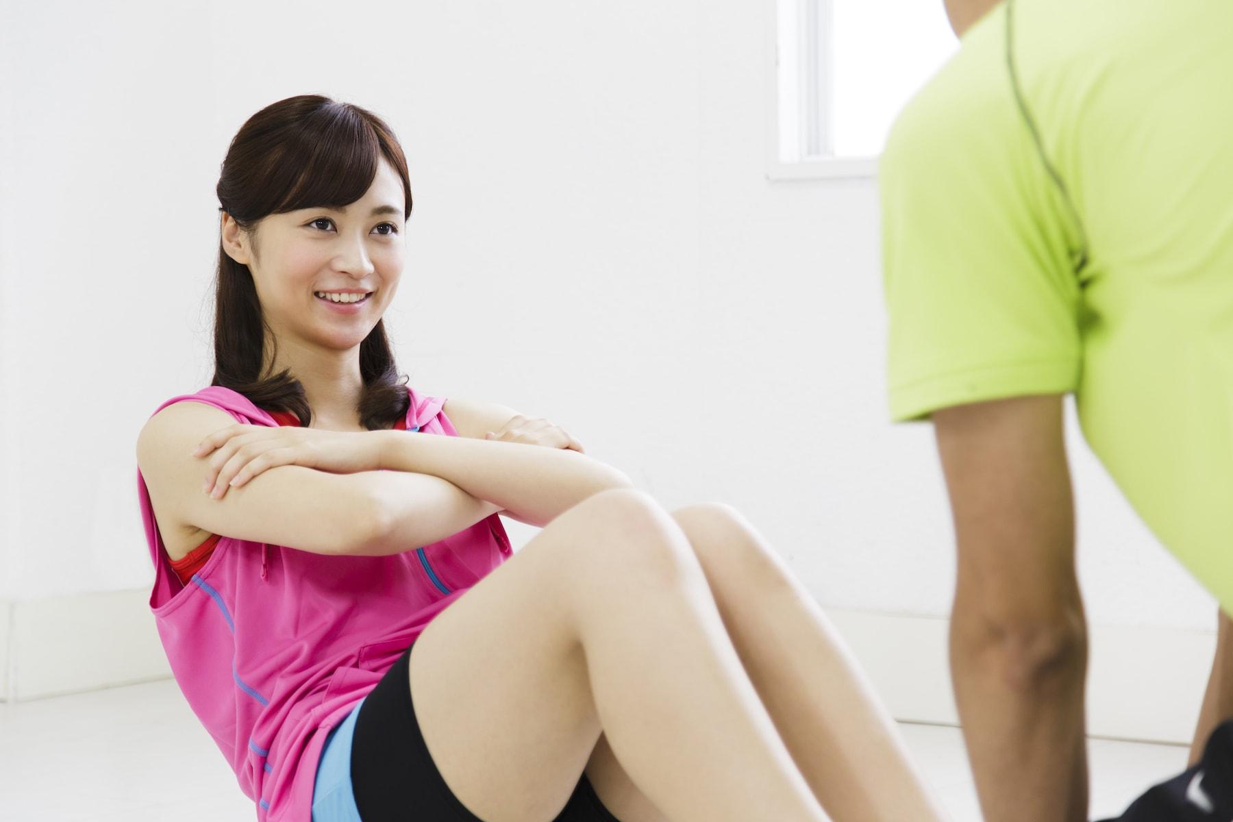 女性の腹筋トレーニング