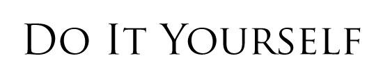 TRAJANで書かれたDo It Yourselfの文字