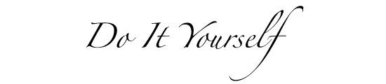 Zapfinoで書かれたDo It Yourselfの文字