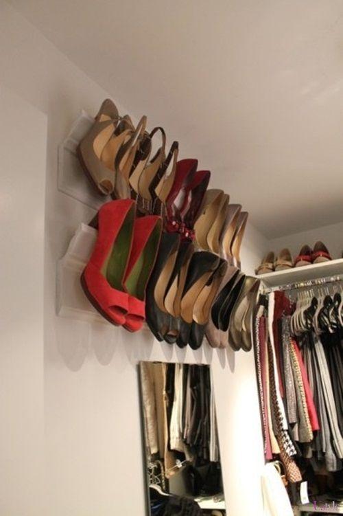 靴を片付けられる壁面収納