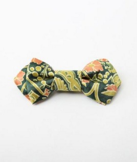 着物をりめいくして作った蝶ネクタイ