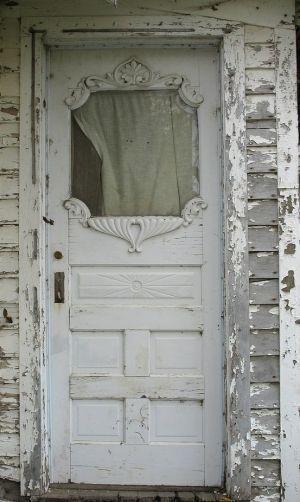 クラッキング加工したドア