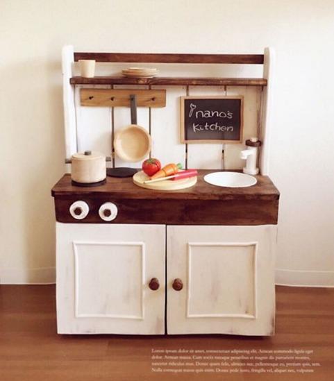 ベビーベッドをリメイクして作ったままごとキッチン