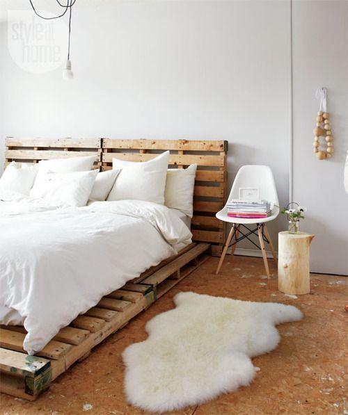 スノコで作るベッド