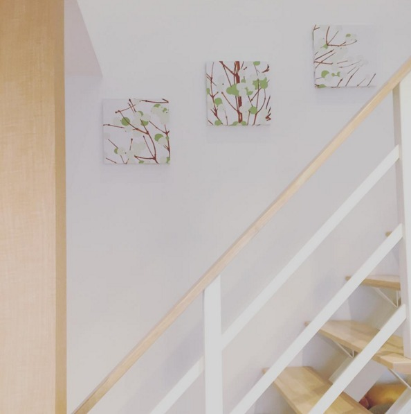 階段インテリアにぴったりのファブリックパネル