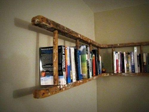 ラダーで作るアイデア光る本棚