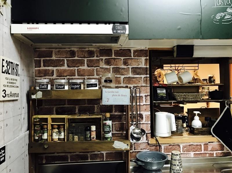 すのこで作るキッチン棚