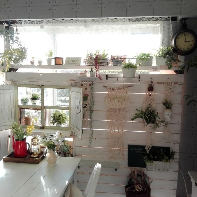 ラブリコで壁と小窓をDIY
