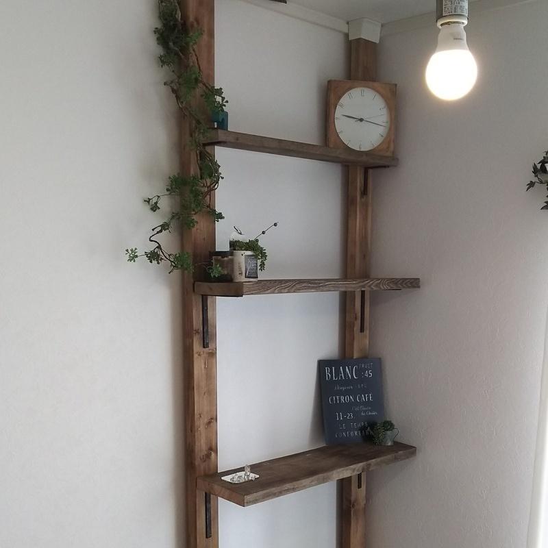 壁面ならどこでも作れるディアウォールで作る棚が便利