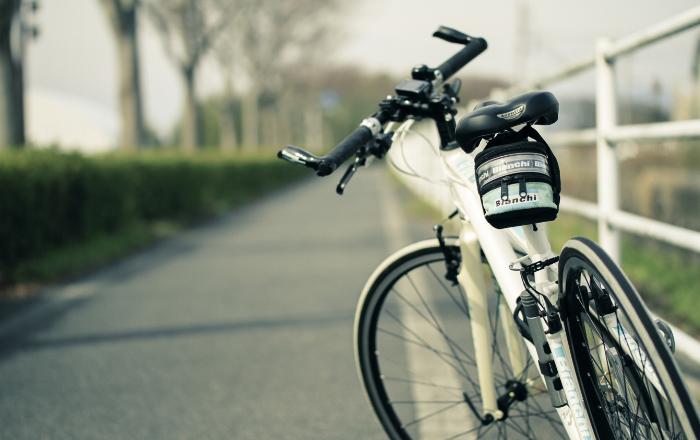自転車運転イメージ