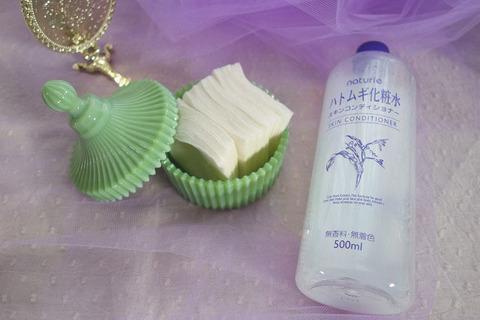 化粧水はプチプラでOK。浴びるように使えばアラフォー肌もふっくら潤う