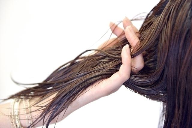 アラフォーだからこそ知っておきたい、世紀の名品列伝髪の艶、まとまり感こそ、アラフォーのスタンダード