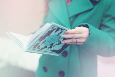 人気スタイリスト小山田早織さんが教える美人な着こなし【積読を崩す夜 #9】