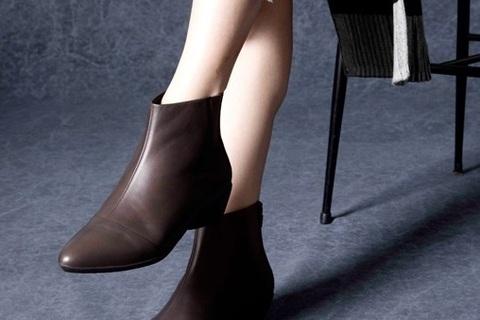 【働く女性が体験】美しいのに痛くない! 魅惑のfitfit「パンプニーカー」のブーツ