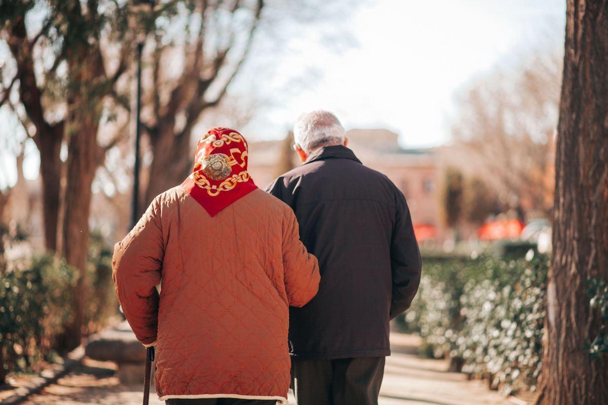 結婚が健康に及ぼす影響は?【結婚は、本から学ぶ#3】