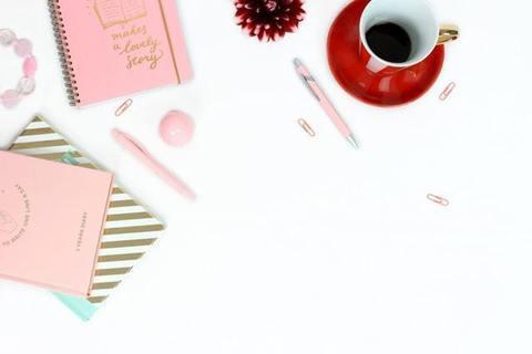毎日を楽しく豊かに過ごす女性が実践する手帳の使い方