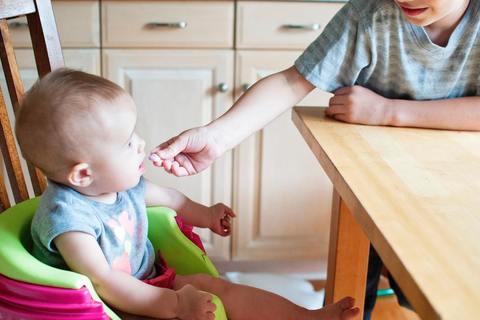 【体験記】ベビーシッターに支えてもらう、リモートワークと子育て