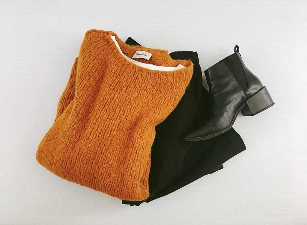 ZARAの細身ブーツで魅せる、モードな秋のラフコーデ