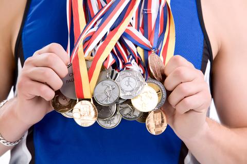 吉田沙保里選手が引退表明。ネットでは労いと総合格闘技への転身を望む声も