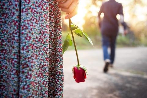 【心理テスト】あなたの「恋人への未練タラタラ度」診断