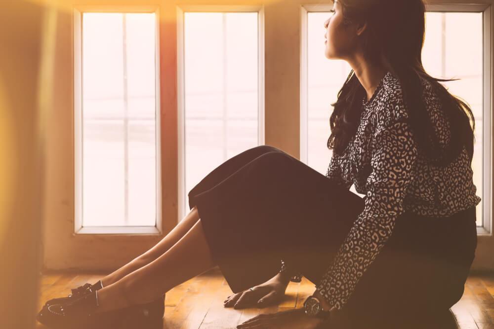 「気が利かない自分に自己嫌悪」自分を責めすぎてつらいときの考え方