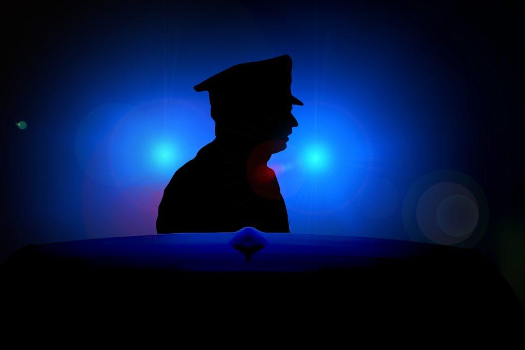 『高校3年生でも18歳ならパパ活OK』は嘘!18歳でも警察に捕まる理由3つ
