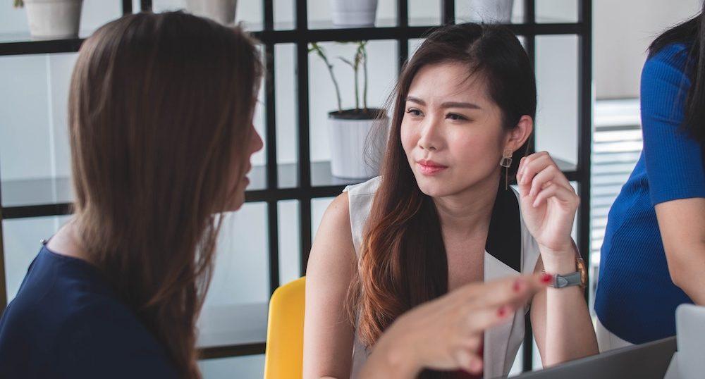 沈黙が怖い…P活中に会話が止まるパパ活女子向け会話術5つ