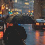 雨の日のP活も大丈夫!簡単に出来る防水メイクの方法6つ(後編)