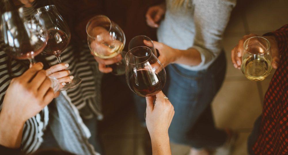 アルコールありのP活でお酒に酔わない方法6つ
