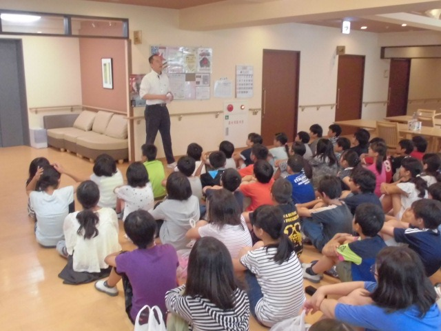 イリーゼ浦和大門にて 小学生来訪