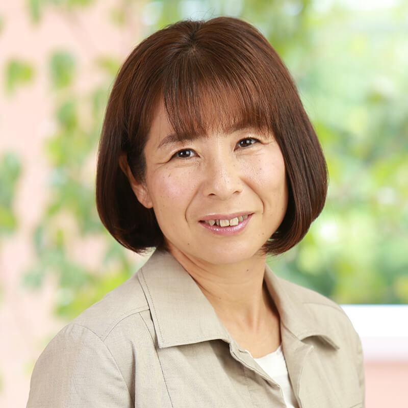 管理栄養士:岡田 あき子
