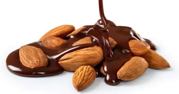 チョコレートとアーモンド、組み合わせると少量でも健康効果?:トピックス:日経Gooday(グッデイ)
