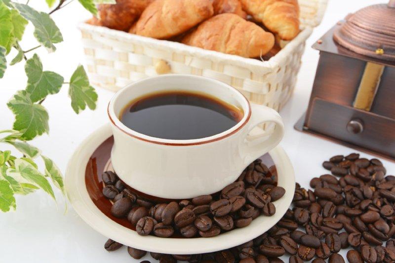 「コーヒー」は健康に良い?悪い?目覚めの一杯はNG (1/1)  介護ポストセブン